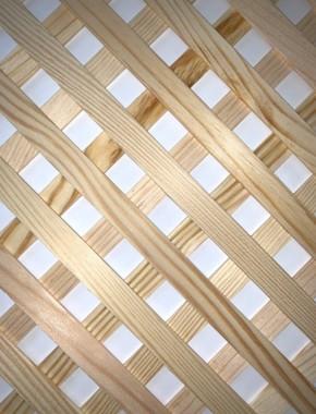 Pine Trellis 15mm strip 15mm Apeture